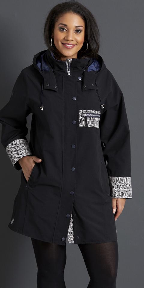 b0131556c2a8 Handberg - Super flot kvalitets regnfrakke med quiltet foer og rigtig mange  detaljer Størrelser på lager