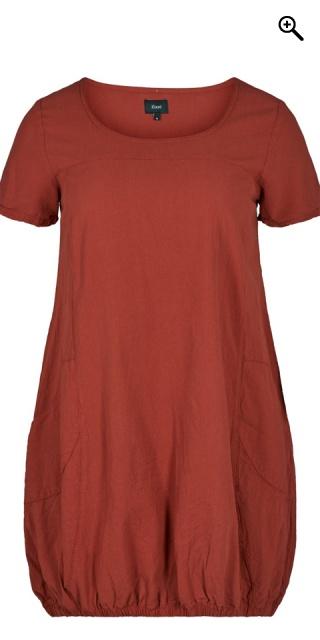 3d518133998b Zizzi - Sommer kjole med korte ermer og 2 lommer