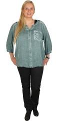 Zhenzi - Fin bluse med 3/4 ærmer og blonde bærestykke samt blonde lomme. afsluttes med elastik forneden