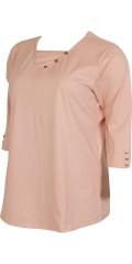 Zhenzi - T-shirt med 3/4 ærmer som er pyntet med små fine knapper