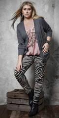 Zhenzi - Twist legging fit med super strech, elastik i hele taljen, 5 lommer og smart zebra print.