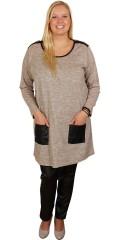 Zhenzi - Meleret strik pullover med seje lommer i læder look og pynte lynlås over skuldrene