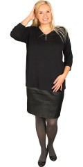 Handberg - Blouse with 3/4 sleeves and tie with diamonds centrally front, which gives a nice effect