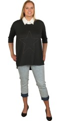 DNY (Marc Lauge) - Bluse med rund hals og 3/4 ærme, flot stjerne foran