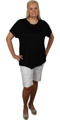 Cassiopeia - Lækker t-shirt med kort vingeærme og sej lynlås over den ene skulder. asymetrisk afslutning på forsiden