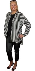Studio - Really nice shirt with long sleeves, collar and cuffs.