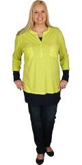Cassiopeia - Smart t-shirt med 3/4 ærmer, stolpelukning og smarte nitter på brystlommerne