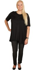Zizzi - Elegant tunica with short sleeves in a-shaped and with nice perl badge on the chest