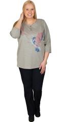Zhenzi - T-shirt med 3/4 ærmer og stolpe lukning med 3 pynte knapper og flot tryk