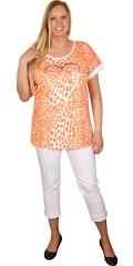 Zhenzi - T-shirt med rund hals og smart trykk og hjerte trykk, samt rullet opp vinge ermer