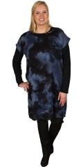 Deluca - Lätt och läcker tunika/klänning utan ärmar i moderne batik mönster