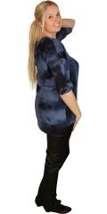 Deluca - Flot batik bluse. smart asymmetrisk forneden. 1/2 ærme