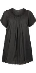 Zhenzi - Vacker tunika klänning med tunn gummiband under, korta ärmar och rund hals med små sten