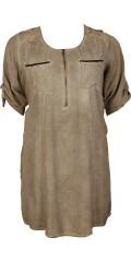 Zhenzi - Tunika klänning med rund hals och blixtlås i halsen, 3/4 ärmar och 2 fickor framsida, vacker band på baksidan med paillietter