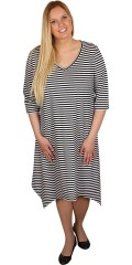 Juna Rose (Bestseller) - Verkligen vacker tunika klänning med 3/4 ärmar och v-hals, avslutas asymetrisk