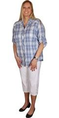 Cassiopeia - Lækker gennemknappet ternet skjorte med 3/4 ærmer som kan draperes