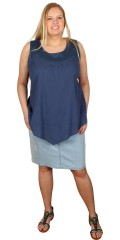 Zhenzi - Crepet summer top with lace sewed on front panel. little slits in the neck and down in apex centrally front and back