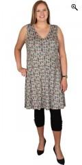 Handberg - Tunika kjole uten ermer og i super smart trykk