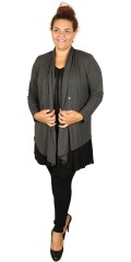 Que - Que jacket/cardigan with long sleeves, is closed with smart tie centrally front