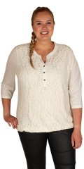 Zhenzi - Sød bluse med blondeindsats 3/4 ærmer