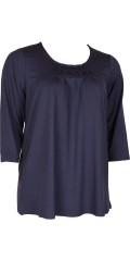 Zhenzi - Viscose bluse med 3/4 ærmer og rund hals med flot syning og rynk foran
