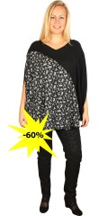 Studio - Super festive blouse in poncho shape with fine flowers, it falls just really nice