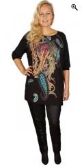 Que (Godske Group) - Fantastisk exclusiv que bluse / tunika med super flot mønster i forstykket
