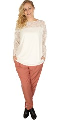 Zhenzi - Blouse with lace sleeves with width in and lace in at the top front and in the back