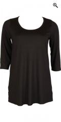 DNY (Marc Lauge) - Mary lang t-shirt med god vidde og 3/4 ærmer samt slids i begge sider