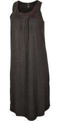 Adia - Dress in strechy material without sleeves and with pearls front also wrinkle effect