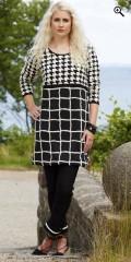 One More (Handberg) - Tunica/kjole med lange ærmer