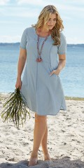 CISO (Brandtex) - Tencel kjole med korte ærmer og rund hals samt 2 lommer