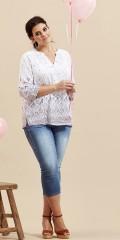 Zhenzi - Skjortebluse med v-hals og 3/4 ærmer som kan draperes