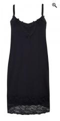 Zhenzi - Must have-top/underkjole med regulerebar stropper samt bred blonde forneden