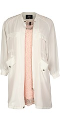 Zoey - Really smart shirt jacket with long sleeves and rib in neck and sleeves
