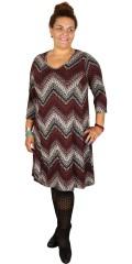 Zhenzi - Stylish strechy dress with v cutting and 3/4 sleeves