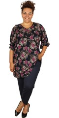 Studio - Tunica with 3/4 sleeves and v cutting also in nice pattern and good cut