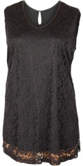 Que - Elegant lace top with sewn slip in 100% polyester