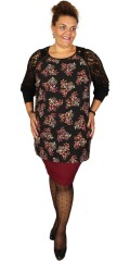 Que - Tunica with long lace sleeves as ends with wide rib