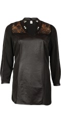Que - Elegant blouse with lace support piece in impressive nice quality