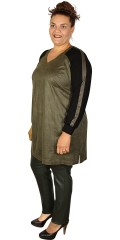 Que - Impressive nice tunica in chamois leather look with v cutting and slits in the neck with buttons
