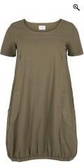 Zizzi - Sommar klänning med korta ärmar och avslutas med gummiband under