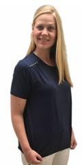 Cassiopeia - Demi t-shirt med korte ærmer og nitter over skulderen