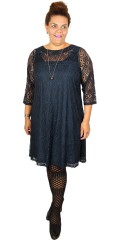 Zhenzi - Nice lace dress with 3/4 sleeves