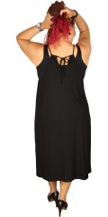 Que - Strap dress with vents in both sides, and super smart back with tie string