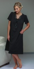 Plaisir - Cotton nightgown with nice lace in the neck
