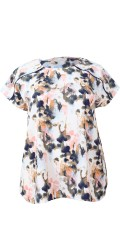 Cassiopeia - Jenana blouse with short sleeves and round neck in super nice pattern