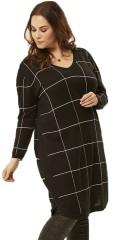 Adia - Pullover med lange ærmer og v-hals i flot ternet strik