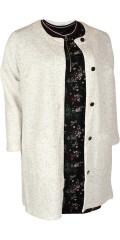 Zhenzi - Vaflet cardigan med blanke knapper og lommer