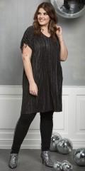 Zhenzi - Tunika kjole i plisse med v-hals og rynk over skulderne